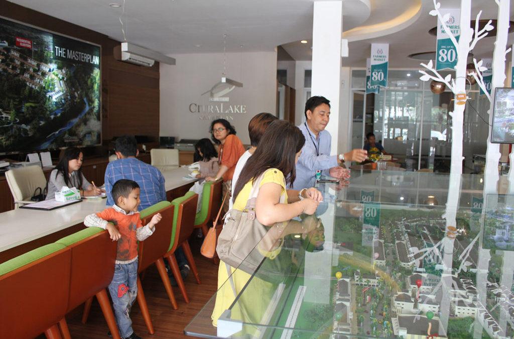 Launching Grandis dan Bazaar Buah Murah